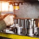 L'assemblage mécanique des pièces en plastique : méthode et atouts
