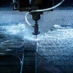 Découpe au jet d'eau : quels sont les avantages ?