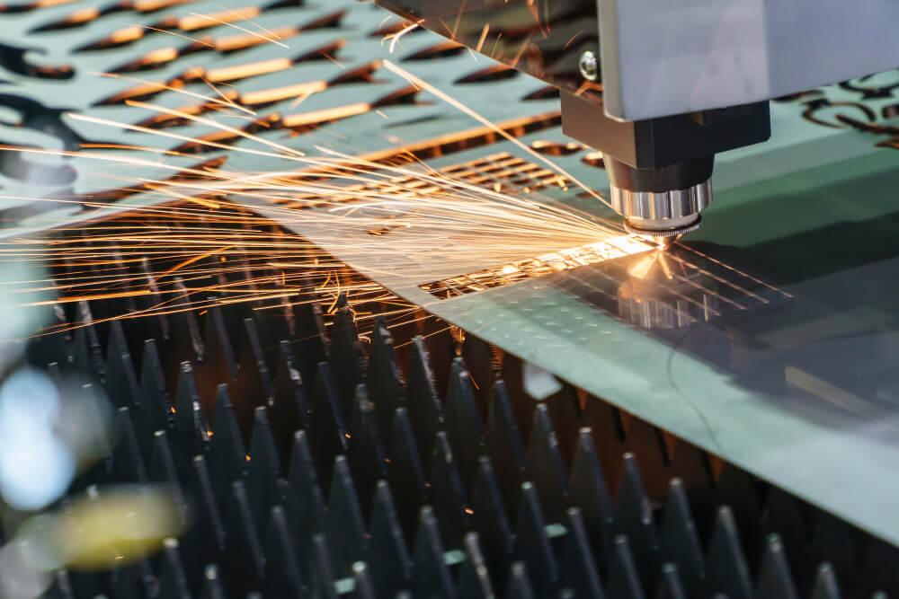 machine de découpe laser fibre