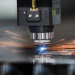 Le soudage de céramique facilité par les impulsions lasers