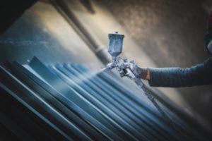 Thermolaquage des pièces métalliques